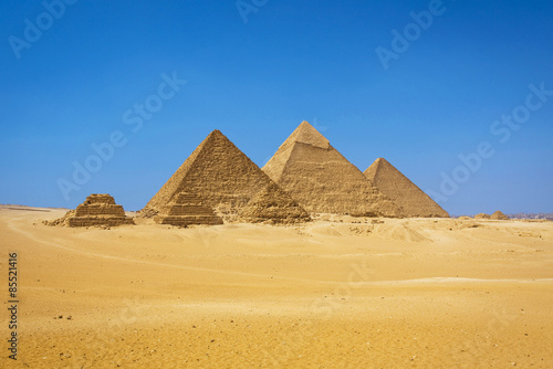 The pyramids in Egypt #85521416