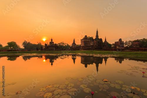 Obraz na płótnie Sukhothai historical park, the old town of Thailand in 800 years ago
