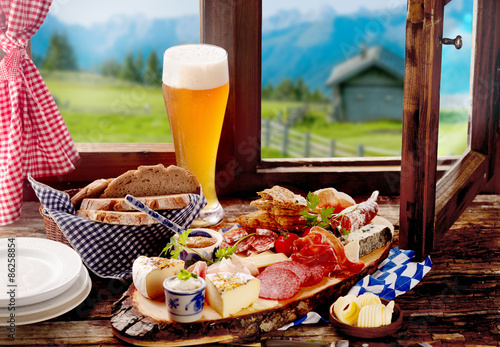 Stampa su Tela Bavarian tavern lunch with bread, meat and cheese
