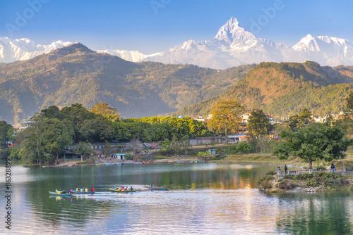 Carta da parati Pokhara lake and and Annapurna  in Nepal