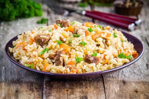 Uzbek pilaf with lamb and carrots
