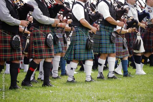 Billede på lærred Scottish bagpipe band