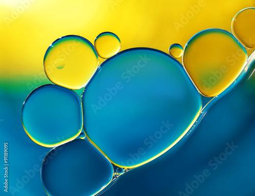 Naklejki na meble Abstrakcjonistyczne tło z olejem na wodzie