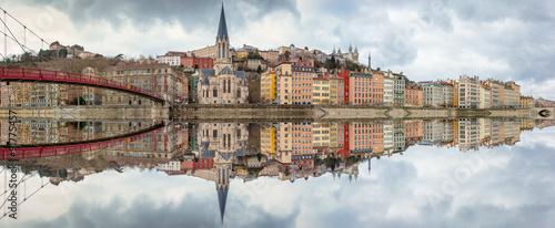 Fotografia lyon quai saône reflet fleuve fourvière
