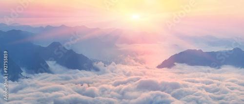 Fotografia, Obraz Dawn above the sea of fog