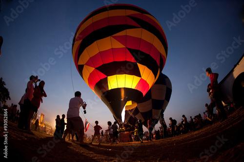 Carta da parati The balloon twilight in Thailand