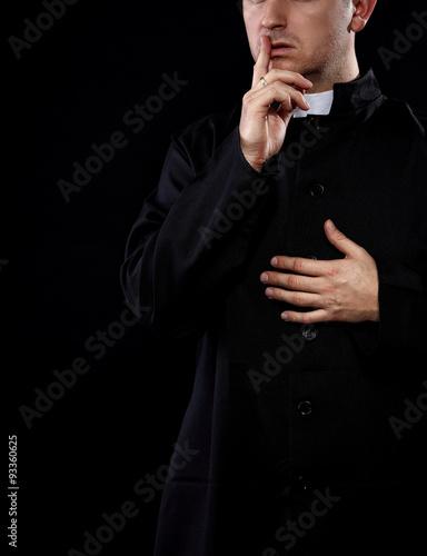 Fotografia Secrets of priest