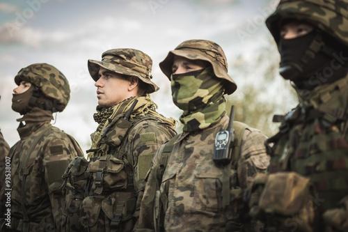 Armee-Grundausbildung Fototapete