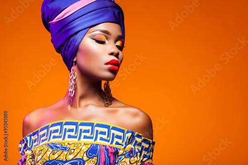 Wallpaper Mural hot African Beauty