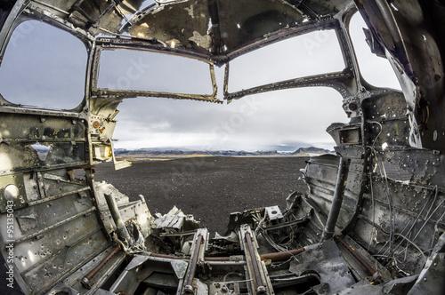 Flugzeugwrack auf Island фототапет