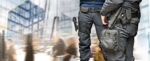 Obraz na plátně Armed policemen