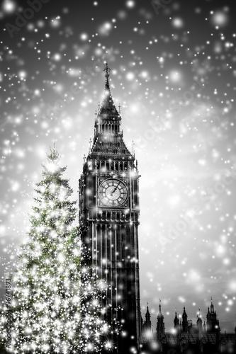 Big Ben mit Weihnachrsbaum