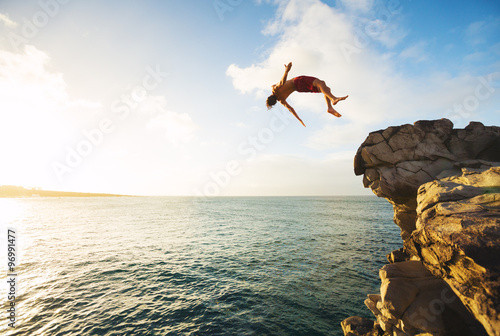 Fotomural Cliff Jumping