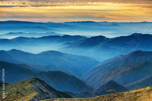 Blue mountains and hills Fototapeta
