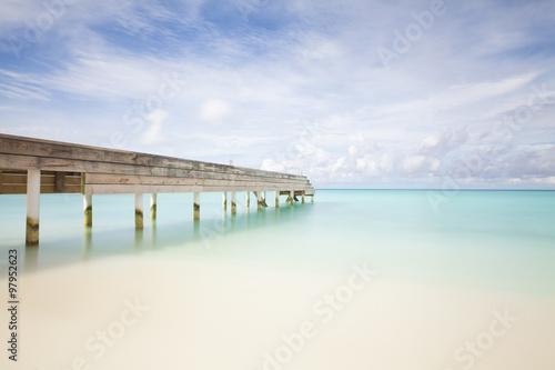 Carta da parati Jetty on maledives island