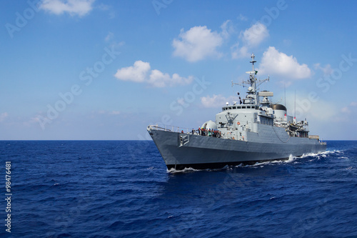 Stampa su Tela Kriegsschiff in Fahrt 2