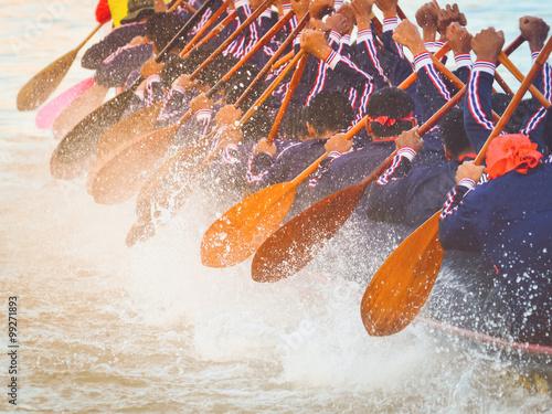 Stampa su Tela Close up of rowing team race