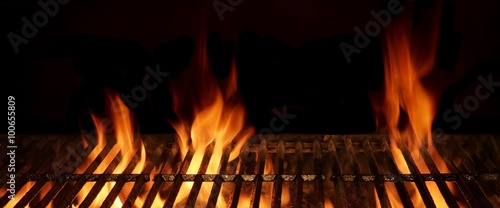 Fotografija Empty Hot Flaming Charcoal Barbecue Grill With Bright Flame Isol