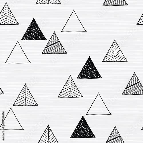 Fototapeta Seamless hand-drawn triangles pattern.