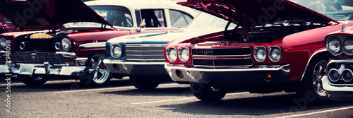 Fototapeta Rząd klasycznych samochodów szeroka