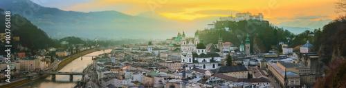 Fototapeta premium Panoramiczny widok na Salzburg, Salzburger Land