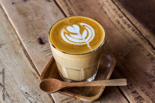 Tableau sur Toile Cappuccino or latte coffee.