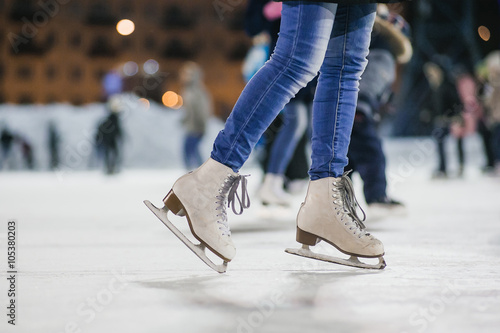 Fototapeta the girl on the figured skates