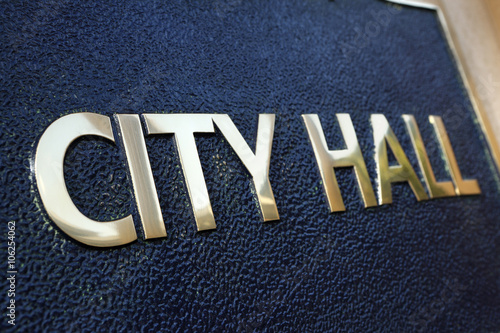 Stampa su Tela City Hall sign close up
