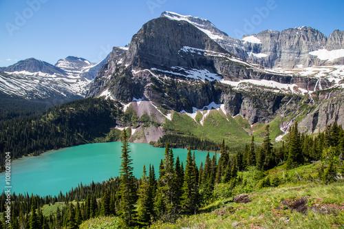 Photo Glacier national park montana mountains and lakes