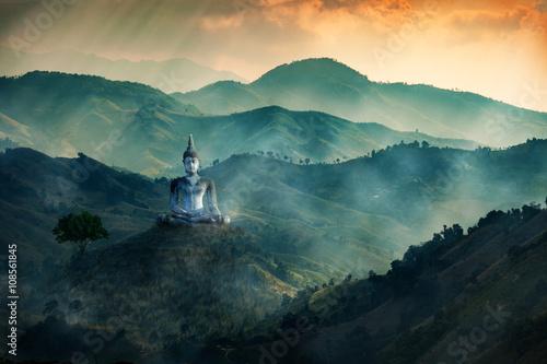 Fotografía Budha image in valley of the dark