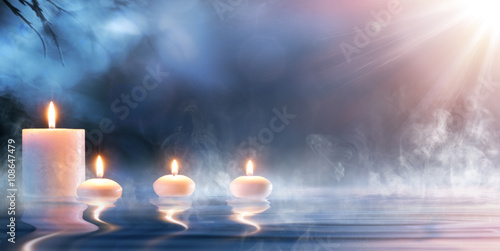 Canvas Print Meditation In Spiritual Zen Scenery - Candles On Thermal Water