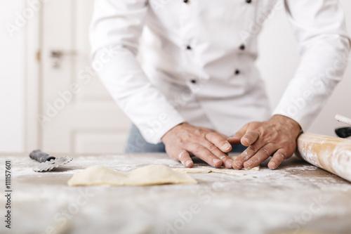 Koch,kochen,Ravioli,Gastronomie,Mehl,Frische,Textfreiraum