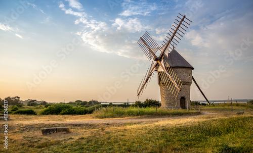 Canvas-taulu Ancien moulin à vent, Batz-sur-Mer