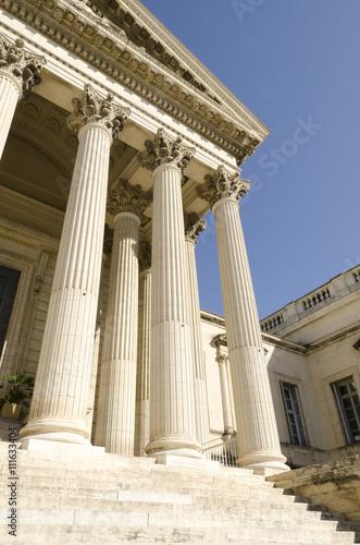 Fotomural palais de justice avec des colonnes