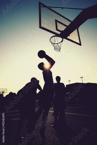 Photo Basketball players silhouettes