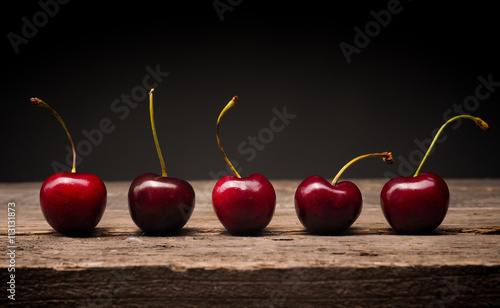 Stampa su Tela Five cherries in a row
