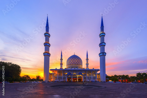 The Vibrant Color of Shah Alam Mosque / Salahuddin Abdul Aziz Shah mosque during dramatic