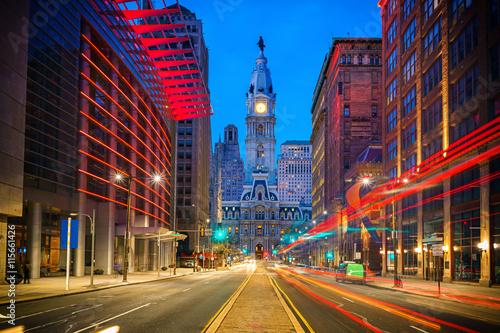 Leinwand Poster Philadelphia's historic City Hall at night