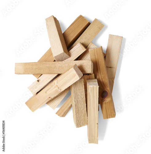 Photo A pile of wood fire kindling isolated on a white background