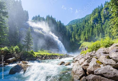 Fototapeta premium Wodospady Krimml w Parku Narodowym Wysokie Taury w Salzburgu