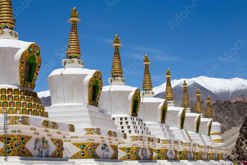 Canvas Print Buddhist white stupa in Thiksey Monastery in Leh , Ladakh, India.