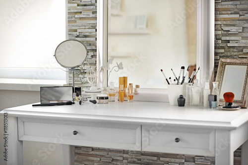Tablou Canvas Cosmetic set on light dressing table