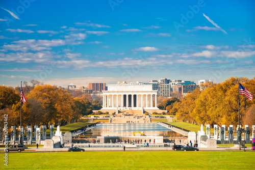 Lincoln memorial and pool in Washington DC, USA