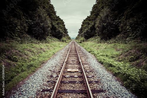 Obraz na plátně まっすぐな鉄道の線路