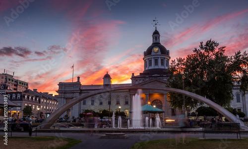 Fényképezés City Hall, Kingston, Ontario, Canada during sunset.