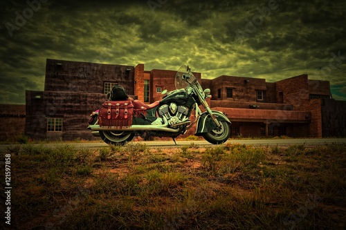 Canvas Print Motorrad vor Gebäude