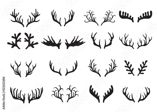 Murais de parede Deer antlers set isolated on white background.