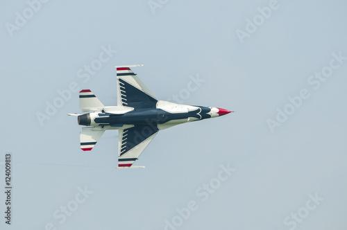 Canvas Print Thailand -09-Oct-2009 : US Airforce Thunderbirds aerobaticteam at the jesolo air
