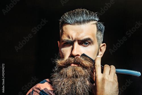 Stampa su Tela Young man with razor