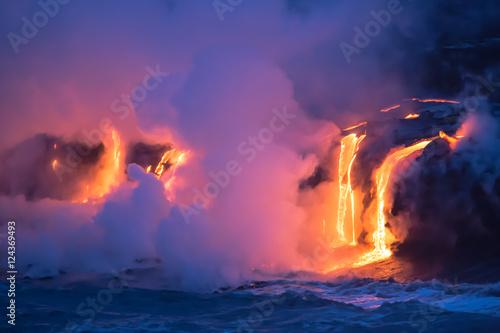 Carta da parati Lava vom Kilauea trifft aufs Meer auf Hawaii